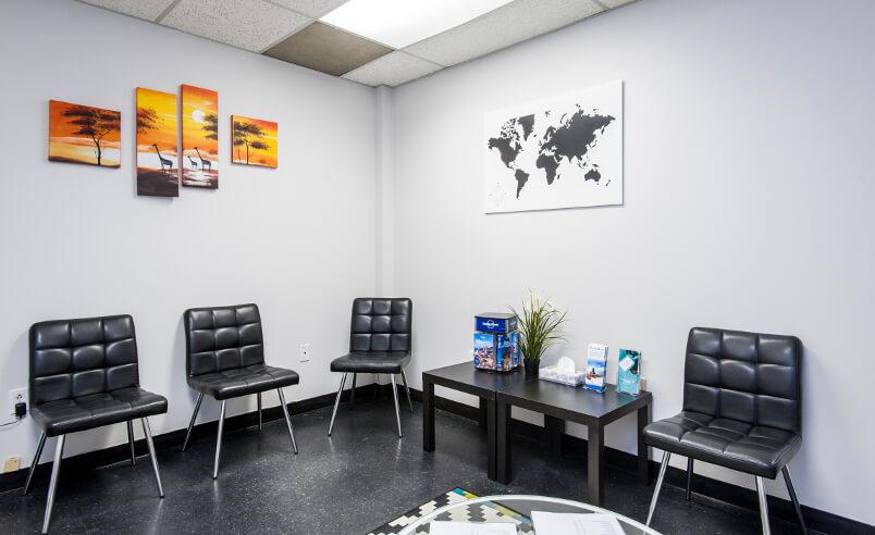 Hall d'entrée de la Clinique santé-voyage d'Etobicoke, Ontario