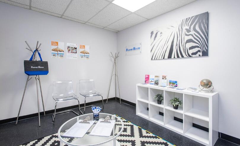 Salle d'attente de la Clinique santé-voyage d'Etobicoke, Ontario