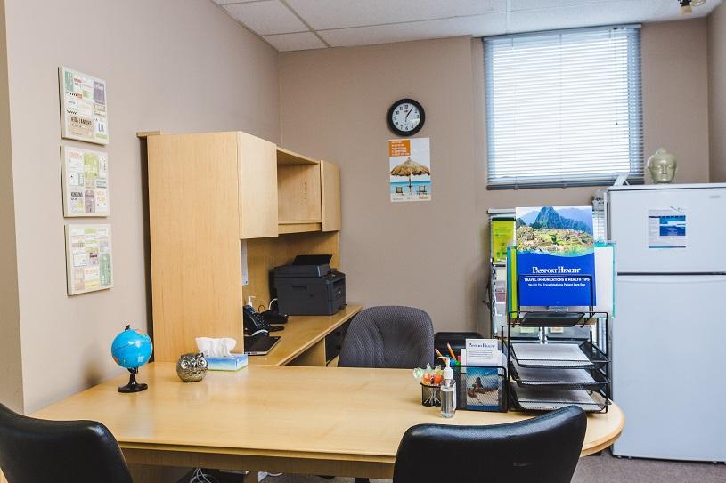 Passport Health Chinook – Calgary Clinique Santé-Voyage Salle de consultation