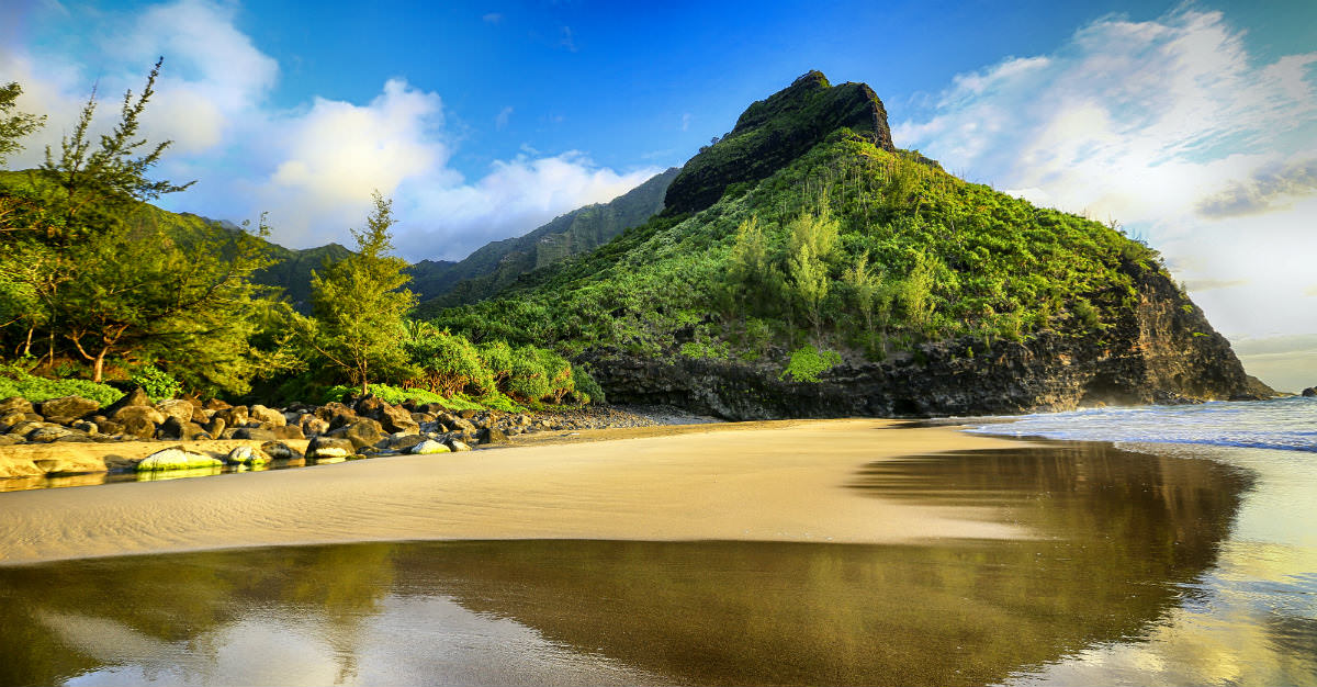 When travelling to Hawaii, there is still a few steps to get the most out of your trip.