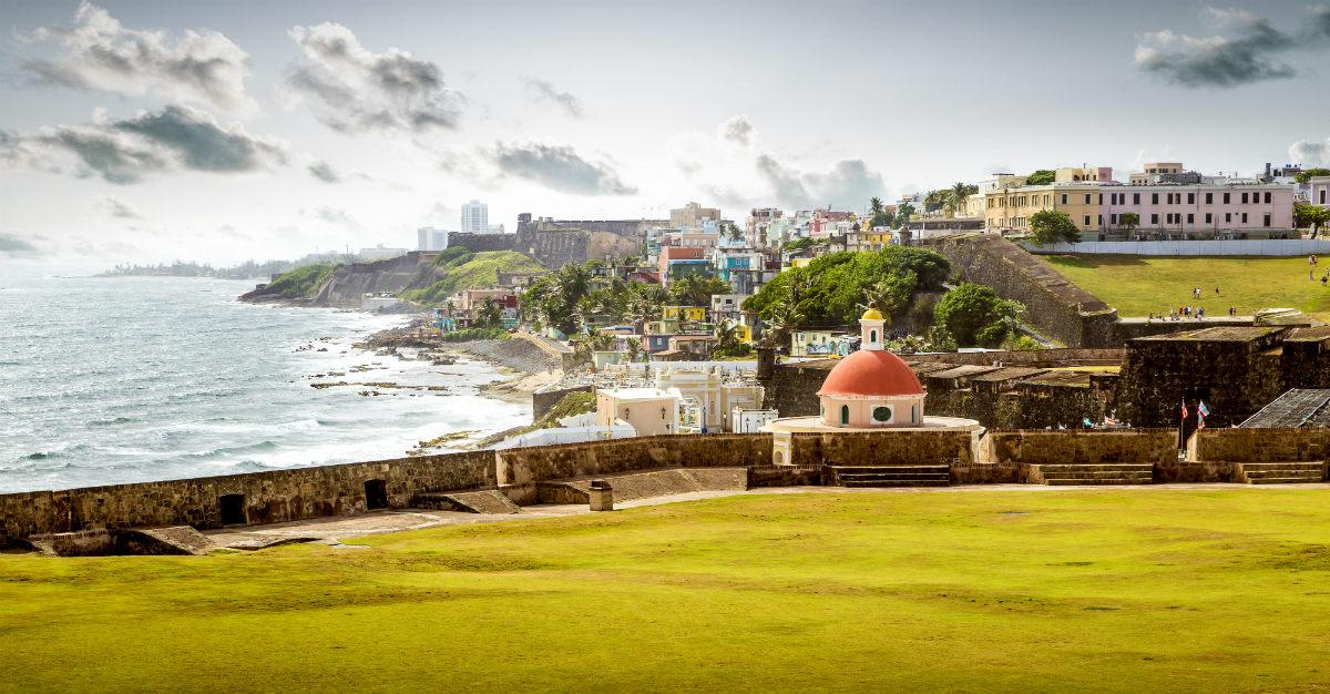 ¿Qué vacunas debo recibir antes de ir a Puerto Rico?