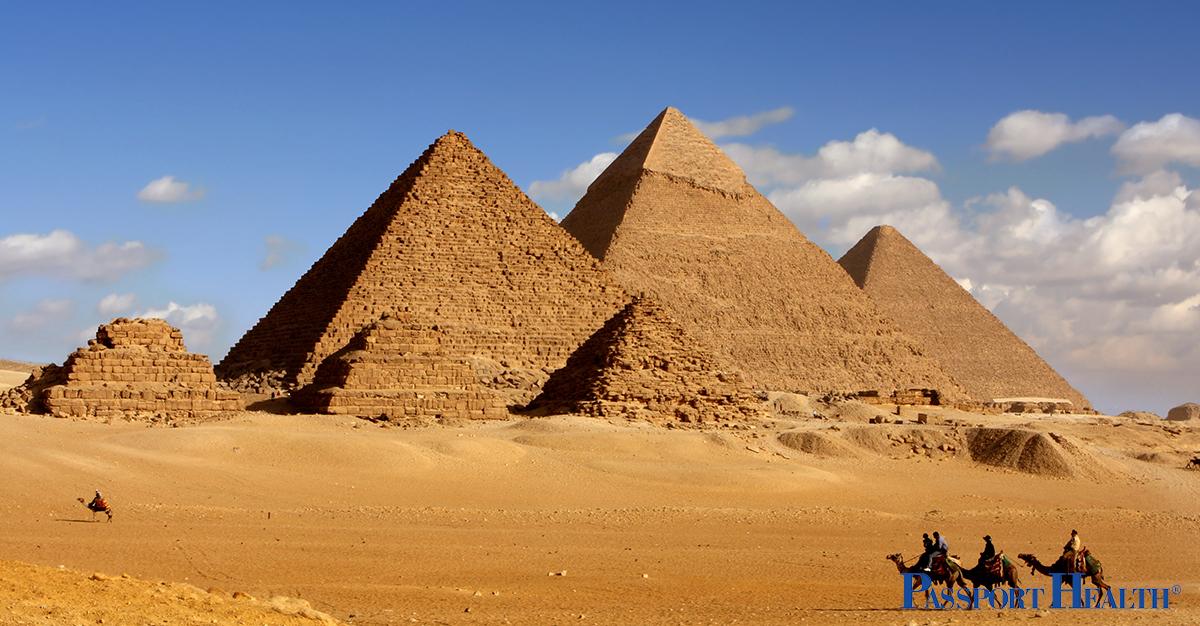 ¿Qué vacunas debo recibir antes de ir a Egipto?
