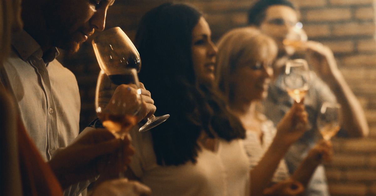 Depending on the country, you may have to wait for a toast to start drinking alcohol.