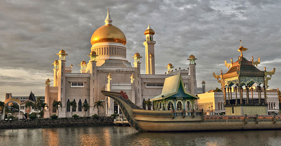Brunei is an interesting place to visit with a wide variety of attractions.