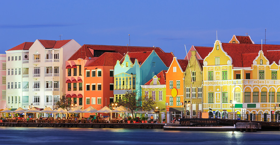 Curacao provides a wide variety of landscapes for travellers.