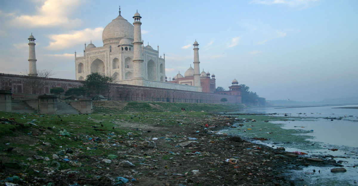 A polluted river is just one of the problems that's changing the Taj Mahal.