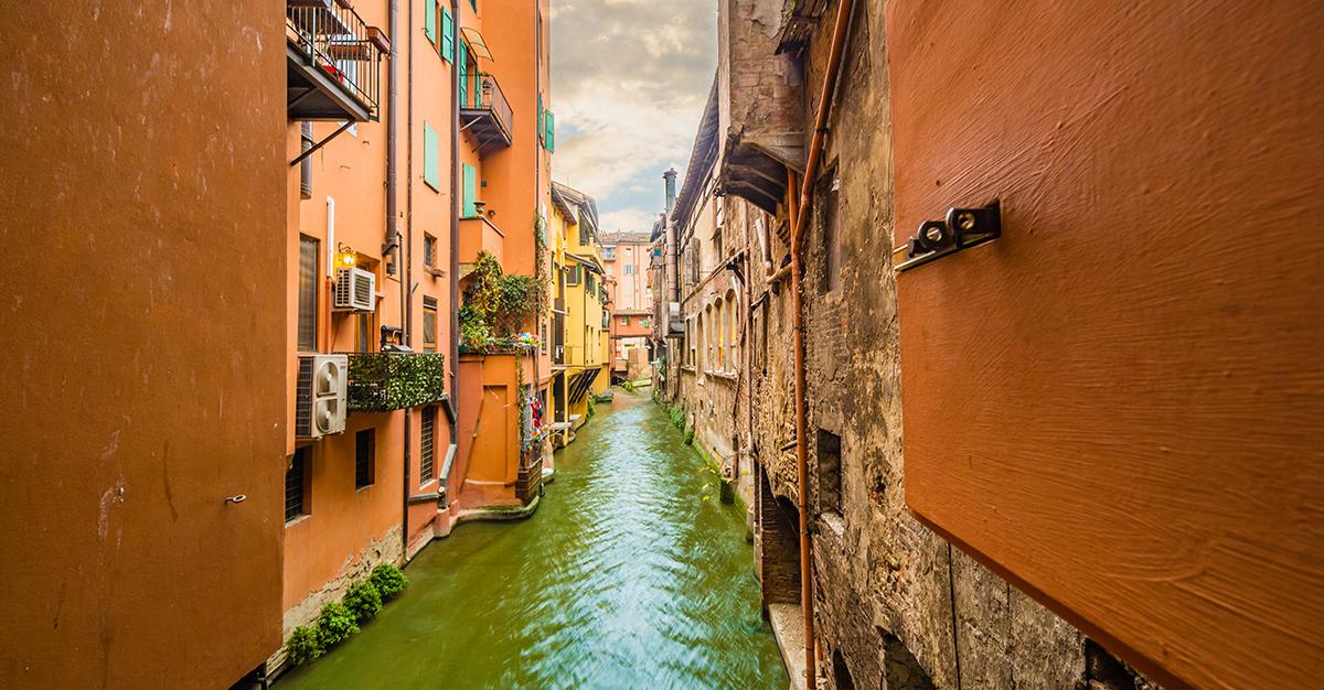 Junio – Bolonia, Italia