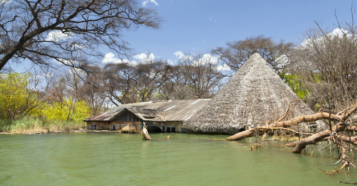 Some severe floods could create cholera outbreaks in Kenya and Somalia.