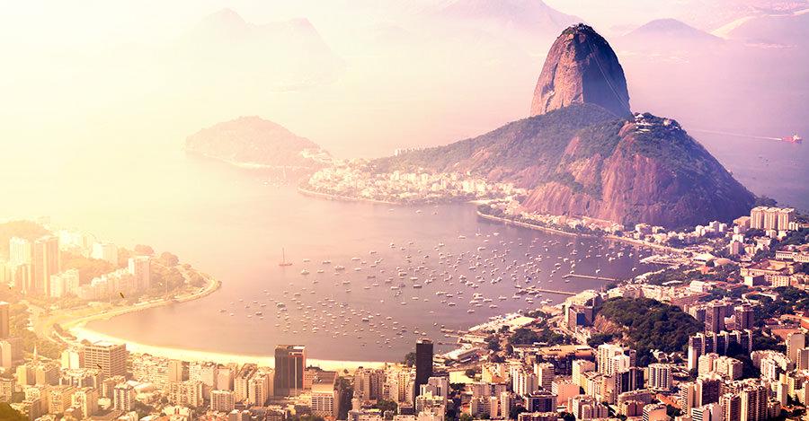 Des plages à la jungle, il y a un tas d'endroits à explorer au Brésil Assurez-vous de les explorer en toute sécurité grâce aux vaccins et aux conseils de voyage de Passport Health.