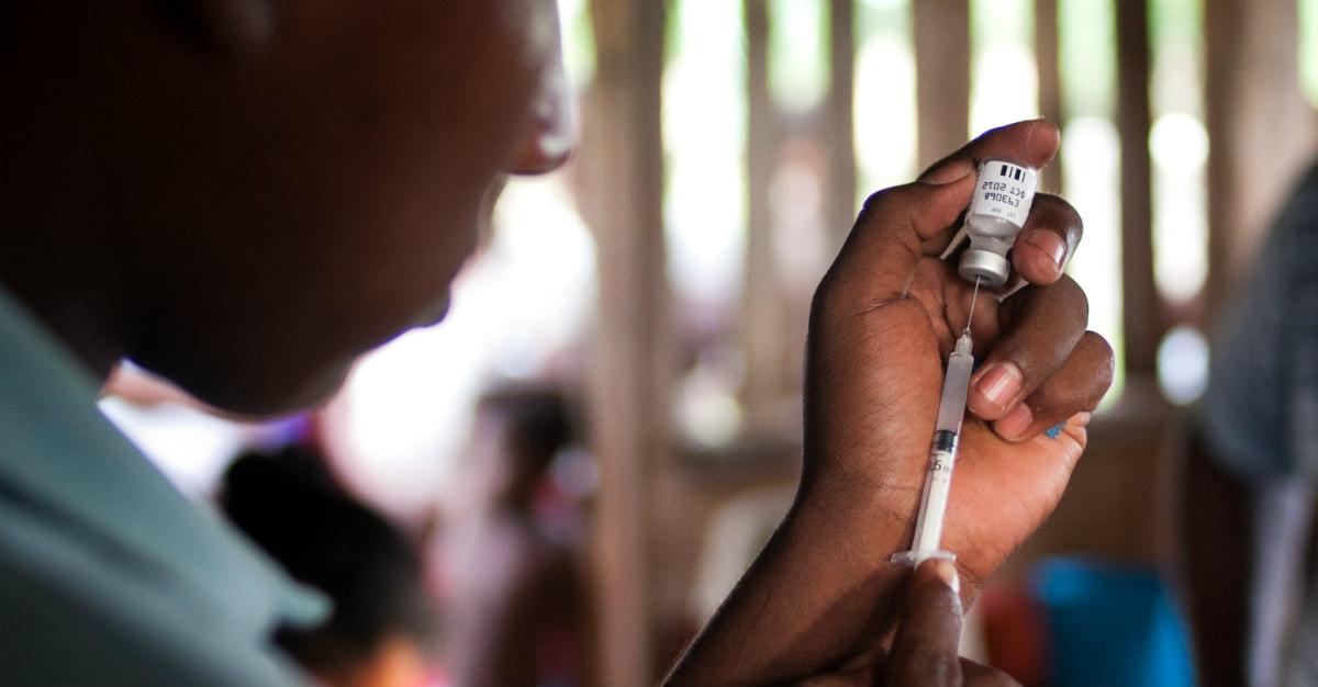Même pendant une épidémie mondiale, cela peut nécessiter beaucoup de temps pour développer un vaccin.