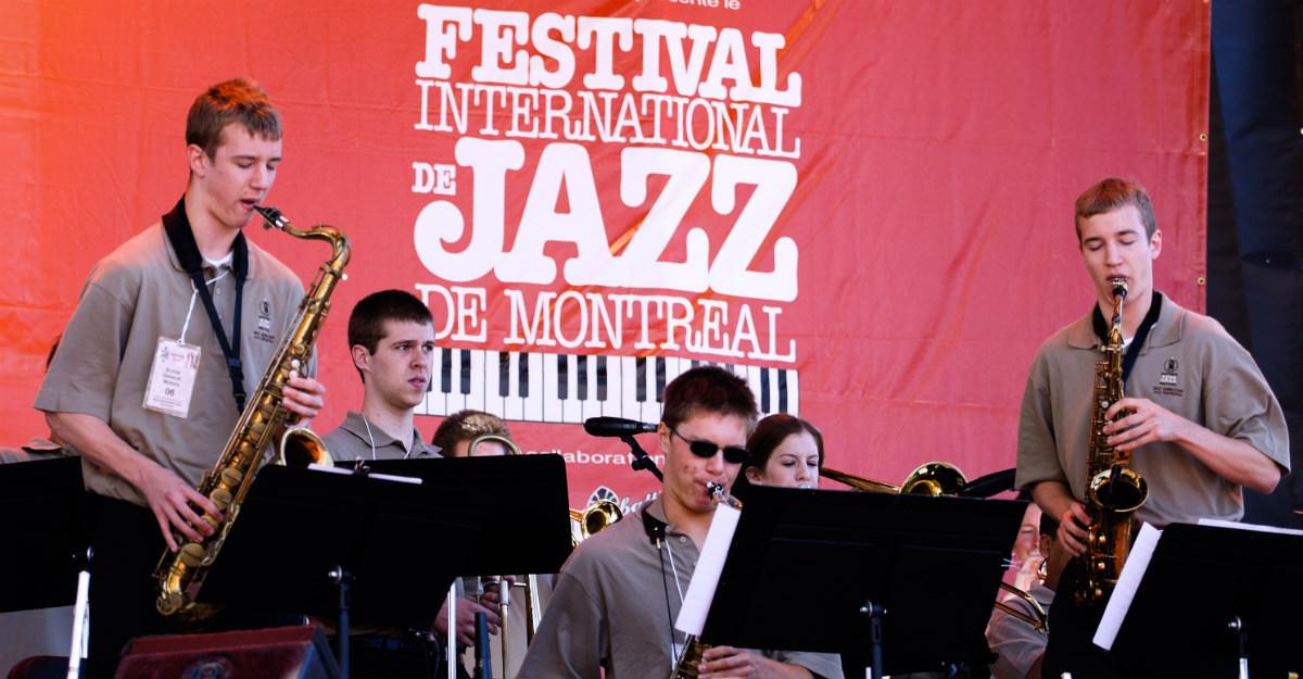 La ville accueille le plus grand festival de jazz au monde depuis des décennies.