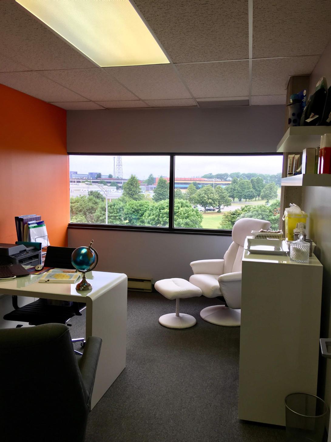 Passport Health Quebec City Clinique Santé-Voyage Consultation Room