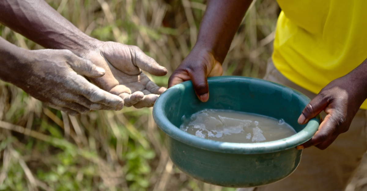 Countries in eastern and southern Africa have increased risk of cholera.