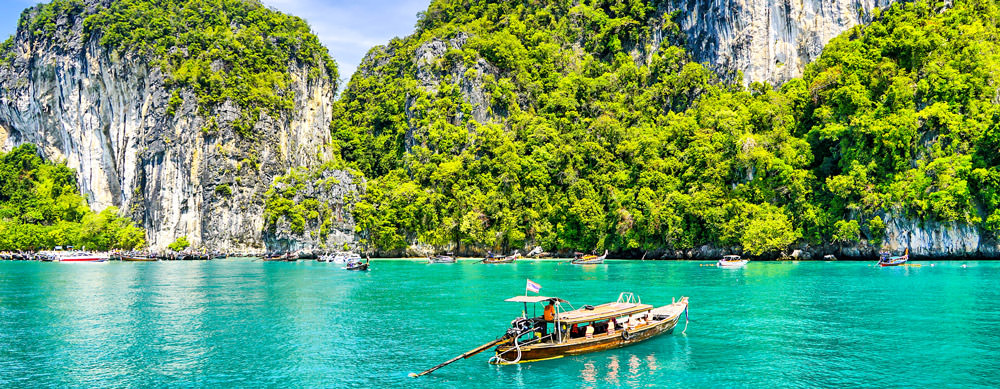 Travel safely to Thailand with Passport Health's travel vaccinations and advice.