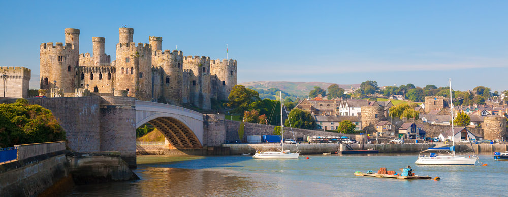 Travel safely to United Kingdom with Passport Health's travel vaccinations and advice.