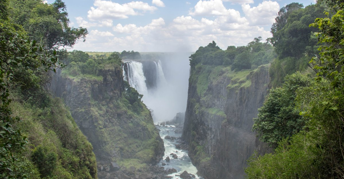 Travelers are flocking to Vicoria Falls in Zimbabwe.