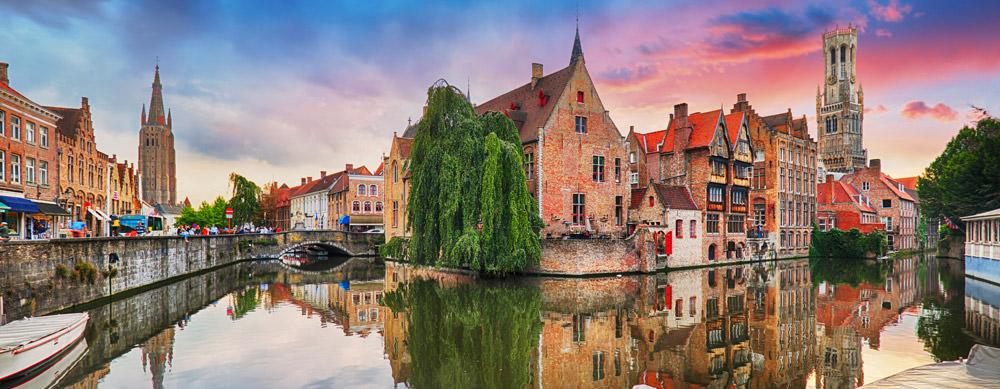 Bélgica es un destino fantástico. Asegúrate de estar preparado para tu viaje con las vacunas de viaje y consejos de Passport Health.