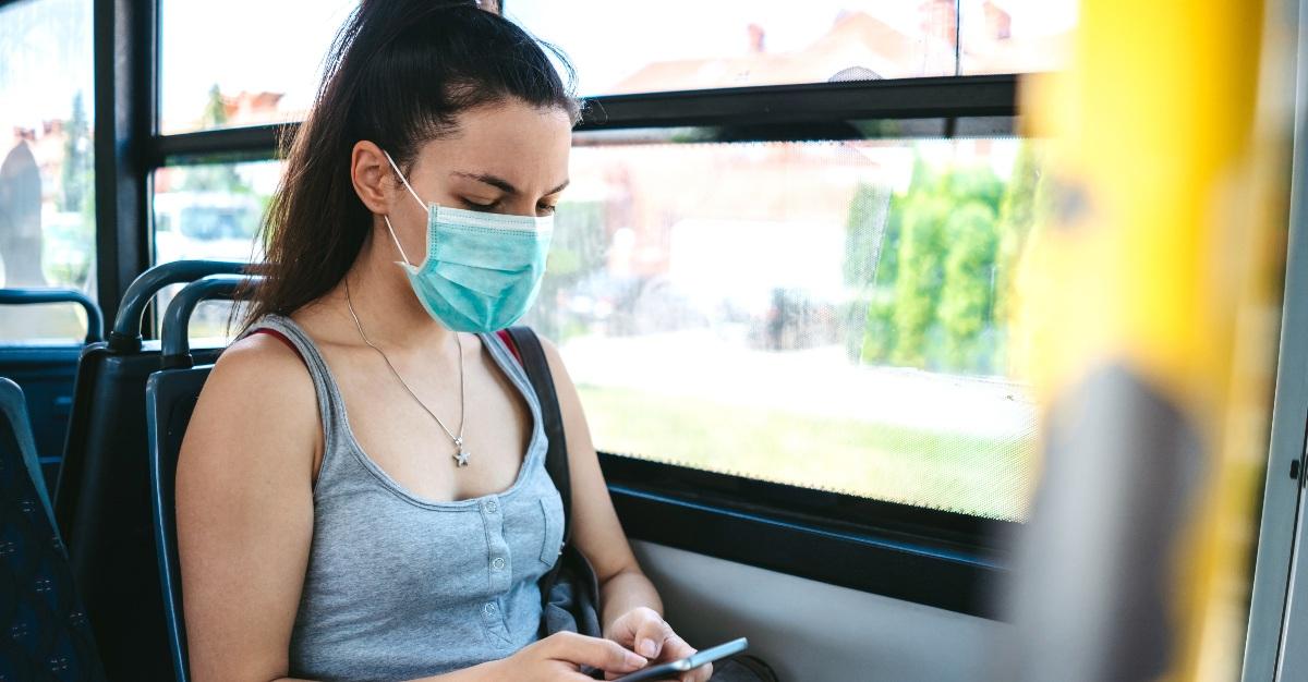virus flu mask